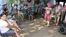 Hospital Infantil recebe programação especial com música e circo no dias das criaças