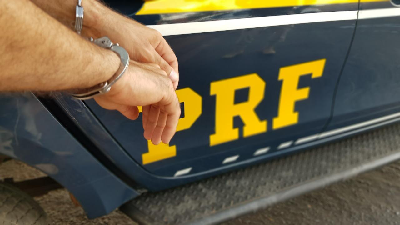Polícia prende três foragidos da Justiça em um intervalo de 2 horas -  Portal O Norte